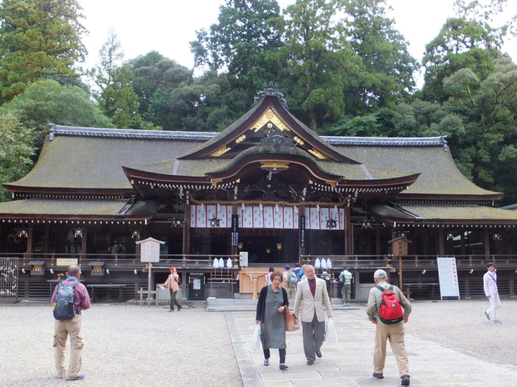 大神神社拝殿 写真
