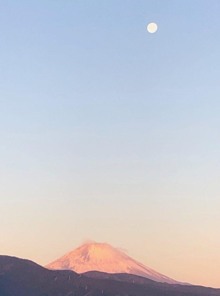 21-001 富士山と月